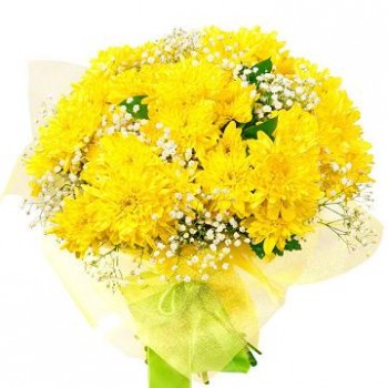 Yellow chrysanthemum bouquet